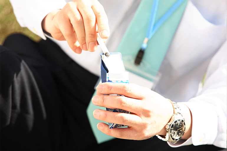 健康保険等で禁煙治療を受けるために